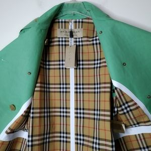 NWT Burberry Double Breast Trench Coat